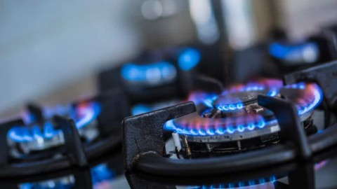 AER develops required gas financial models
