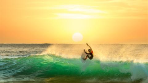AGL's summer cash splash